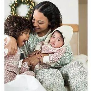 a36af62c9b Burt s Bees Baby Intimates   Sleepwear - Burt s Bees Baby Adult Family  Holiday Pajamas XS